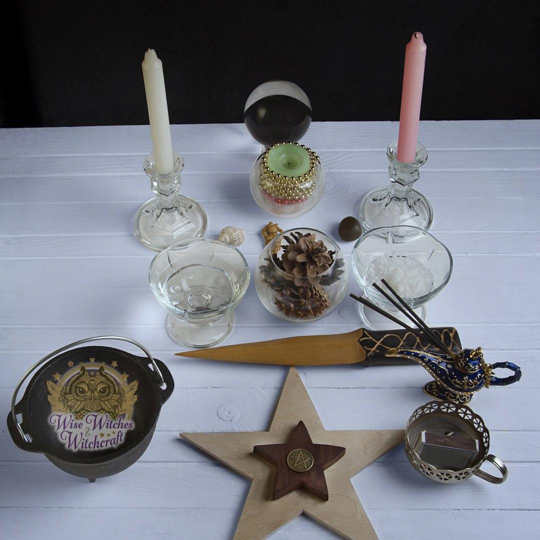 setting up a magick altar 1080x1080